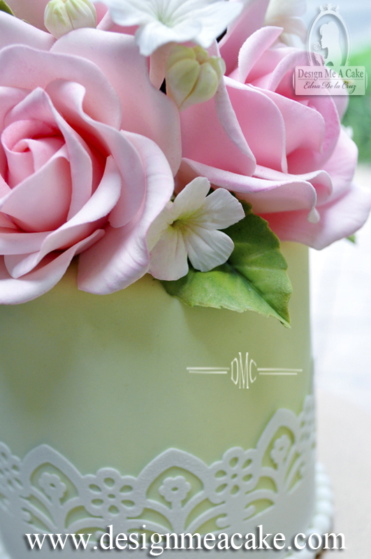 Gumpaste Roses, blossoms, leaves and fillers.