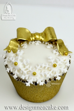 Cupcake wreath with gold bow